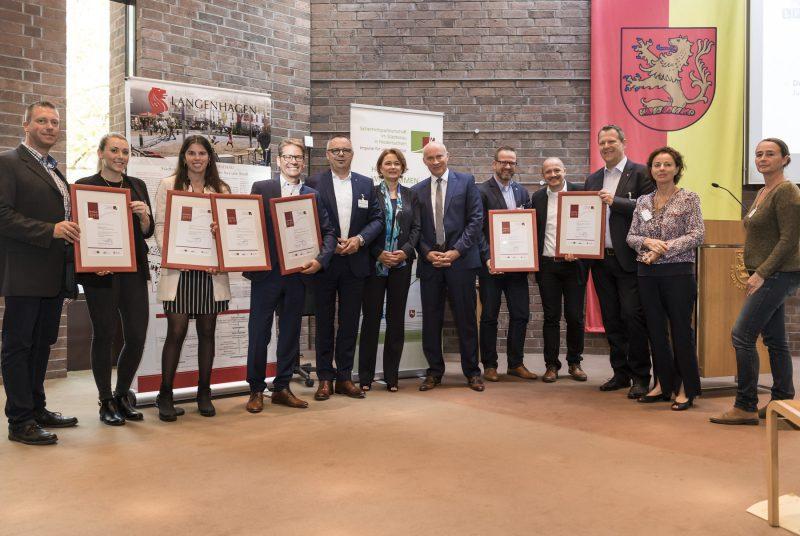 """KSG Hannover - Siegel-Verleihung """"Sicheres Wohnen"""" (Wiesenau) im"""