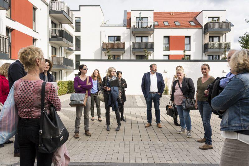 """KSG Hannover - Siegel-Verleihung """"Sicheres Wohnen"""" (Wiesenau) im Rathaus Langenhagen mit Begehung in Wiesenau 2019-09-24"""